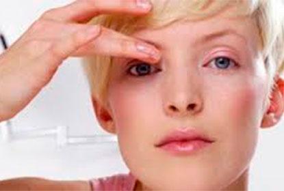 Почему чешутся глаза во время аллергии?