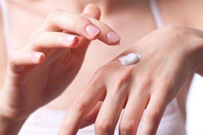 Правильный подбор мази - залог успеха при лечении варикозной экземы.
